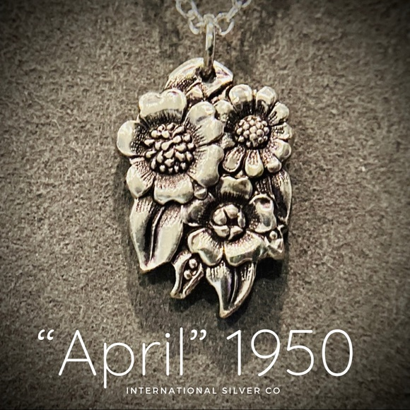 """Silver Spoon Sunflower Necklace """"April"""" 1950"""